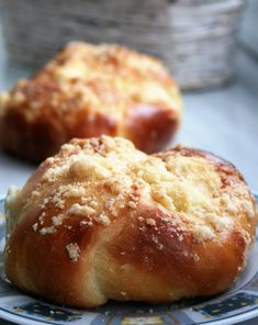 Homemade Dinner Rolls, Muffin, Food And Drink, Bread, Chocolate, Breakfast, Sweet, Desserts, Coffee
