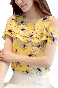 Blouse Styles, Blouse Designs, Mein Style, Affordable Clothes, Affordable Fashion, Blouse Online, Casual Tops, Blouses For Women, Fashion Outfits