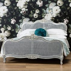 Hampton Handcrafted Bed in Silver. Free UK delivery on all orders! Free Worldwide Shipping on orders over £150.