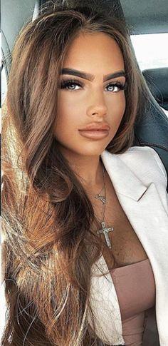 Three Steps To Loving Yourself - LoveIsConfusing Cute Brunette, Brunette Beauty, Beautiful Hijab, Most Beautiful Women, Beauty Full Girl, Beauty Women, Gorgeous Blonde, Baddie Hairstyles, Stunning Eyes
