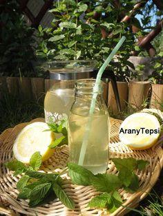 AranyTepsi:+Mentaszörp+házilag Cucumber, Mason Jars, Herbs, Table Decorations, Drinks, Food, Syrup, Smoothie, Label