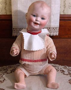 Sweet Antique Bisque Head Smiling Character Baby Doll, Mold Germany Adorable Toddler with Sleep Eyes and Original Outfit! Old Dolls, Antique Dolls, Vintage Dolls, German Boys, Boy Doll, Old And New, Hello Dolly, Germany, Sweet