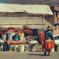 Flower stand in Peru.