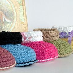 Instant Download  Crochet Pattern  Baby Cuffed Booties par Genevive, $4.95