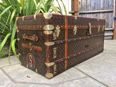 ba3b06b5996b Details about LOUIS VUITTON Antique LARGE Monogram Wardrobe Steamer Trunk  chest purse bag LV