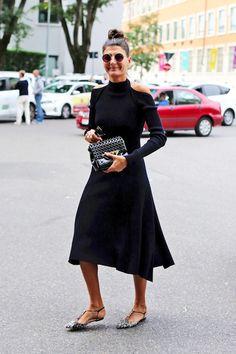 See Giovanna Battaglia's Take On The Cold Shoulder Dress