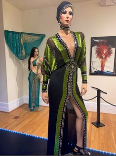 Bob Mackie, Cher, Sari, Fashion, Saree, Moda, Fashion Styles, Fashion Illustrations, Saris
