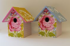 Vogelhuisjes chabby chic maat L Vintage Tea Parties, Chabby Chic, House Inspirations, Pip Studio, Birdhouses, Bird Cage, Paper Goods, Tea Party, Beans