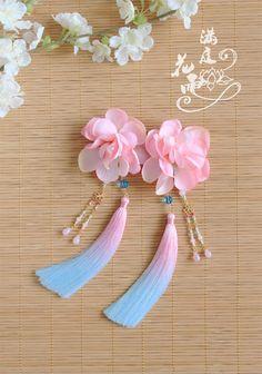 【滿庭花雨】二版輕雲——絹花手染冰絲漸變流蘇邊夾-淘寶台灣,萬能的淘寶
