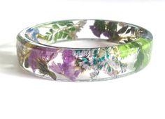 ST Small resin bracelet. Floral Bracelet. by oceanpetalsartstudio