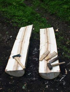 Haandkraft: New shaving horse and riving wood.