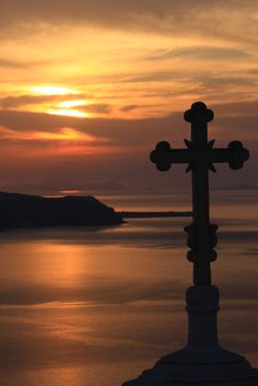 G r e e c e Places In Greece, Lord Is My Shepherd, Acropolis, Ancient Greece, Beautiful Sunset, Santorini, Art Photography, Spirituality, Mythology
