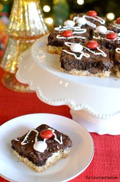 M&M's Black & White Peppermint Brownies Recipe - Cookie bars, brownie bars, Christmas cookies made with white chocolate peppermint M&M's.