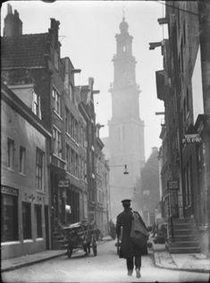 3527eb17634 Amsterdam Eerste Leliedwarsstraat 15-23 Oude Foto's, Vintage Foto's,  Straatfotografie, Vintage Fotografie