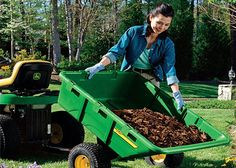 No matter the size of your garden or your gardening style, it's necessary to invest in quality tools so that your plants can flourish — and to make your gardening tasks easier. The Home Depot's Garden Club can help you determine the garden tools you need.