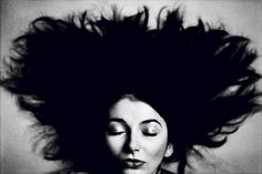 Kate Bush - photo Anton Corbijn