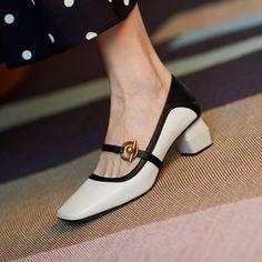 Chiko Kymberlyn Pointed Toe Block Heels Clogs/Mules Pointed Toe Block Heel, Block Heel Loafers, Block Heels, Shoes Heels Pumps, Kitten Heel Pumps, Stiletto Heels, Mules Shoes Flat, Women's Shoes, Shoes Sneakers