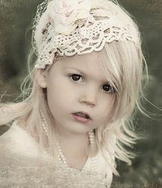 http://pinterest.com/GLAMandLuxury/ gorgeous flowergirl <3