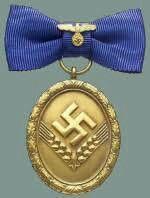 Dienstauszeichnung für den Reichsarbeitsdienst für Frauen in Gold 1938