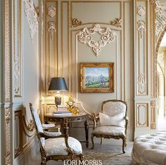 Stunning! RT @HouseofLMD Sometimes you just need to go full #vintage! #interiordesign #decor #luxuryhomes #luxury