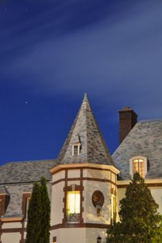 Middlebury College Middlebury College, Dream School, Colleges, My Room, Vermont, Schools, To My Daughter, Cabin, Mansions