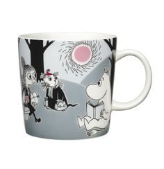 """Arabia's mug """"Adventure move"""" (Seikkailu muutto) with elegant shape and kind motif from the Moomin world. Charming pottery from Finland. Secure payments and worldwide shipping within 24 hours. Moomin Shop, Moomin Mugs, Les Moomins, Moomin Valley, Tove Jansson, New Adventures, Drinkware, Finland, A Table"""