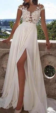 Appliques High-Slit A-line Chiffon Prom Dress