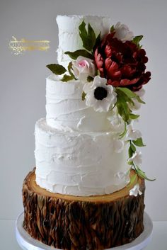 Blissfully Beautiful Wedding Cake Inspiration - MODwedding