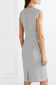Max Mara - Caraffa striped stretch cotton and linen-blend dress Casual Dresses, Fashion Dresses, Dresses For Work, Cross Shoulder Bags, Simple Sandals, Outfit Combinations, Lovely Dresses, Office Outfits, Sweater Fashion