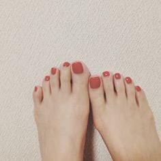 赤のフットネイルデザイン画像2016夏|サンダルに映える♡ | 美人部
