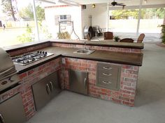 Outdoor kitchen with Concrete Countertop you can do yourself.
