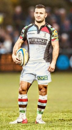 and a still pretty dapper Danny Care. (via Gratuitous Rugby Photos). Rugby Muscle, Muscle Men, E Sport, Sport Man, Rugby Videos, Rugby À Xiii, Hot Rugby Players, Rugby Men, Soccer Skills