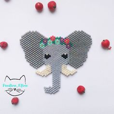 Peyote Stitch Patterns, Perler Patterns, Beading Patterns, Art Perle, Beaded Banners, Beaded Animals, Beaded Ornaments, Seed Bead Jewelry, Pony Beads