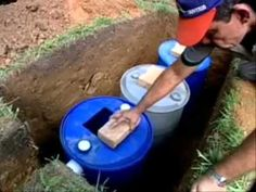 Fossas Sépticas Econômicas - YouTube Diy Septic System, Septic Tank Systems, Natural Building, Green Building, Man Projects, Projects To Try, Fossa Séptica, Sewer System, Drainage Solutions