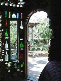 """Curious Places: """"Anna's bottle house"""" (Tucson/ Arizona)"""