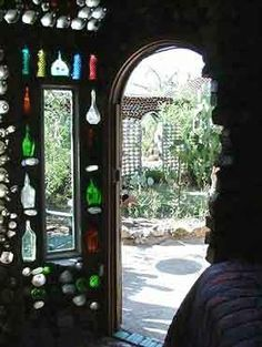 "Curious Places: ""Anna's bottle house"" (Tucson/ Arizona)"
