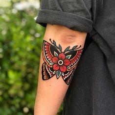 Tattoos And Body Art old school tattoo Traditional Butterfly Tattoo, Traditional Tattoo Old School, Traditional Tattoo Art, Traditional Tattoo Sleeves, American Traditional Tattoos, Neo Traditional, Traditional Tattoo Inspiration, Traditional Tattoo Placement, Traditional Tattoo Meanings