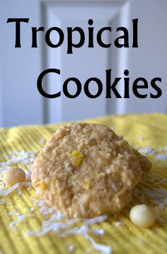 Tropical Cookies - a soft cookie made with crushed pineapple, coconut and macadamia nuts!Would make this minus the coconut Pineapple Coconut, Crushed Pineapple, Pineapple Recipes, No Cook Desserts, Delicious Desserts, Dessert Recipes, Biscuit Cookies, Yummy Cookies, Bar Cookies