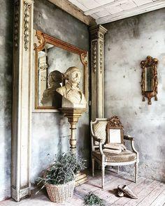 Vintage Vignettes, Rustic Elegance, Columns, Suddenly, Sorting, Neutral, Walls, Flooring, French