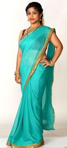 Saree Blouse, Sari, Aunty Desi Hot, Saree Backless, Glamorous Makeup, Beautiful Blonde Girl, Indian Beauty Saree, India Beauty, Saree Collection