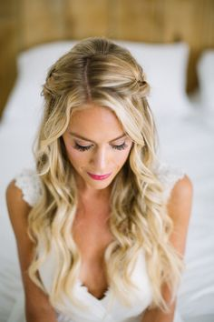 Brighten Your Day With This Colorful Boho Wedding - Wedding Hairstyles & Makeup - Hochzeit Haar Boho Wedding Hair, Wedding Hair Down, Bridal Hair, Bohemian Weddings, Blue Bridal, Bohemian Bride, Wedding Updo, Indian Weddings, Wedding Nails