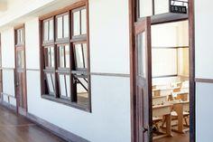豊郷小学校旧校舎群|「colocal コロカル」ローカルを学ぶ・暮らす・旅する