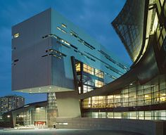 University of Cincinnati Campus Recreation Center. Morphosis know what they're doing.