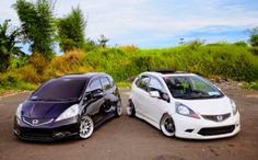 black and white honda jazz rs