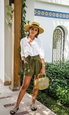 18 Most Chic Summer Outfits For Your Day - VivieHome