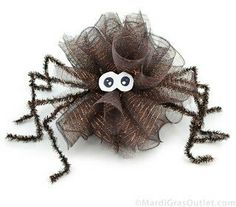 Fun to have in the curtains and on the light fixtures at a Halloween party.Party Ideas by Mardi Gras Outlet: DIY: Halloween Spider Puff Decoration Whimsical Halloween, Purple Halloween, Theme Halloween, Holidays Halloween, Halloween Crafts, Halloween Wreaths, Halloween Halloween, Vintage Halloween, Halloween Makeup