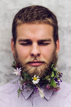 "One of my favorite from the ""hipster flower beard"" trend for guys Wedding Hair Flowers, Flowers In Hair, Tiny Flowers, Art Flowers, Hair Wedding, Real Flowers, Beautiful Flowers, Beard Decorations, A Real Man"