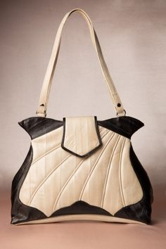 Makki - 20s The Butterfly Dag Bag in Black & Cream handmade