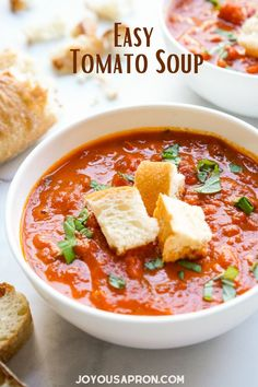 Easy Tomato Soup - simple tomato soup recipe using canned tomatoes, perfect for the cold weather, Fall and winter! This classic all-American comfort food makes a easy lunch, dinner and perfect for prepping ahead. Comforting and cozy! Vegetarian friendly. Tomato Soup Recipes, One Pot Meals, Recipe Using, Curry, Food And Drink, Vegetarian, Lunch, Snacks, Dinner