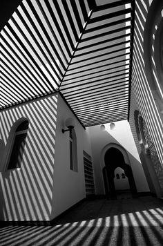 Patternity |  SHADOW CHEVRONS | ABDULLA ZAID alcove, architecture, black and white, chevron, shadow, stripe
